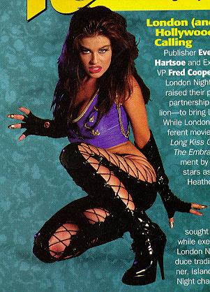 BabeStop - World's Largest Babe Site - carmen_electra054.jpg