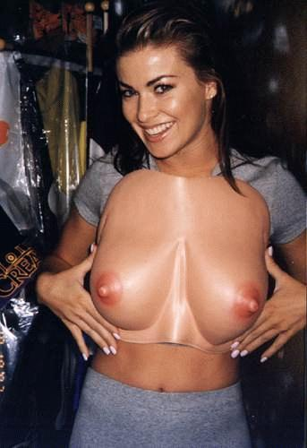 BabeStop - World's Largest Babe Site - carmen_electra058.jpg